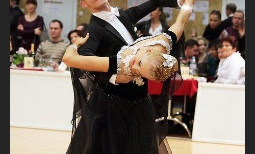 Латвийская пара заняла восьмое место на чемпионате мира по десяти танцам
