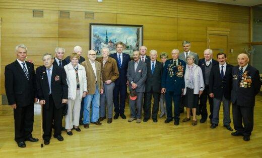 Сейм одобрил идею уравнять ветеранов: введут общий статус участника Второй мировой