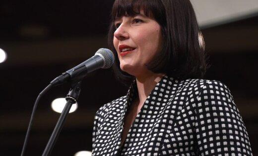 Министр финансов допустила, что будут изменены спорные поправки об OCTA