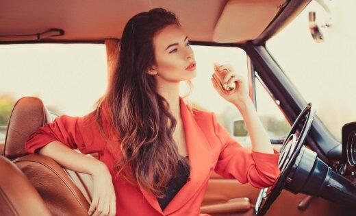 Kā izvēlēties tādas smaržas, lai būtu neatvairāma