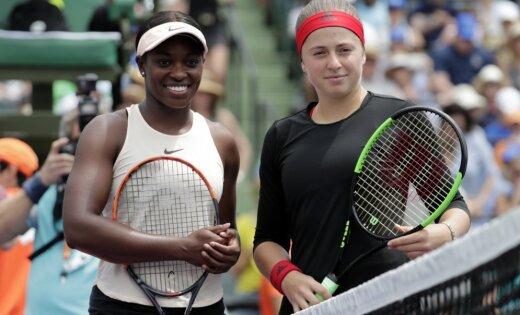 Video: Kļūdas neļauj Ostapenko triumfēt Maiami 'Premier' turnīrā