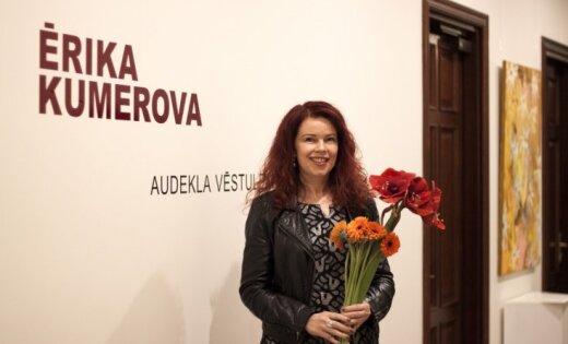 Atklās mākslinieces Ērikas Kumerovas personālizstādi 'Audekla vēstules'