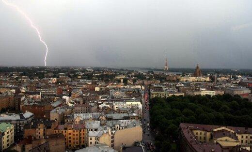 Синоптики: во вторник ожидаются дожди и грозы