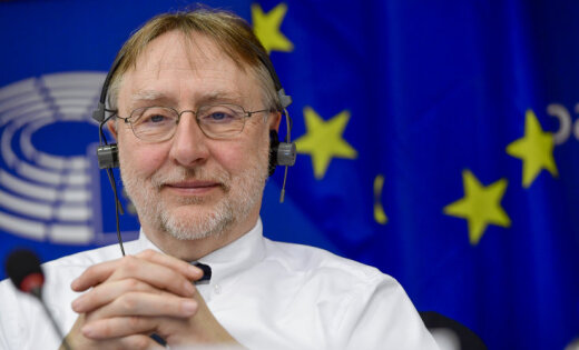 Trampam atbildi parādā nepaliksim, sola EP tirdzniecības komitejas vadītājs