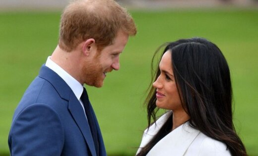 Mārklas tēvs pēc nesmukuma ar paparaci nevēlas apmeklēt karaliskās kāzas