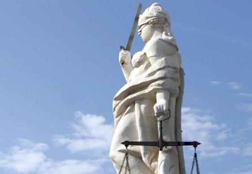 Италия хочет судить латвийскую женщину за похищение своего сына