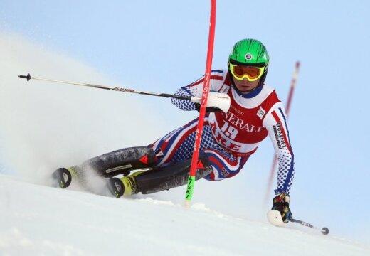 Российский горнолыжник впервые за 34 года сенсационно выиграл этап Кубка мира