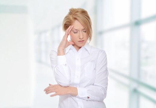 Врачи: от мигрени можно избавиться с помощью диеты