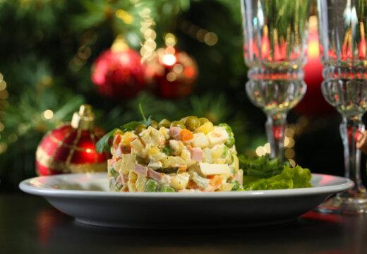"""Легенды """"Оливье"""": девять рецептов знаменитого салата для новогоднего стола"""
