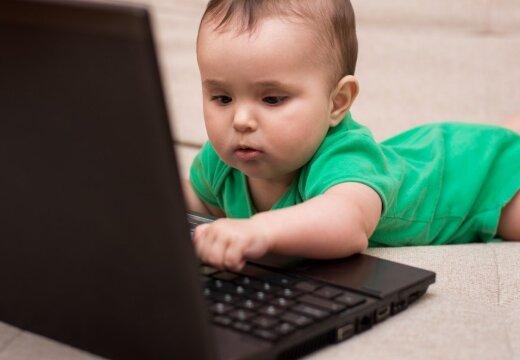 Исследование: смартфоны и планшеты вызывают у детей задержку речевого развития