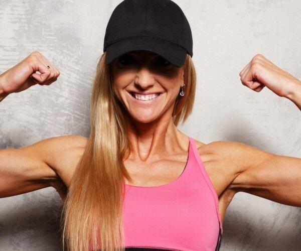 'Sievietes spēks slēpjas viņas vājumā'. Juriste un pasaules čempione fitnesā - daudzkrāsainā Veronika Seržante