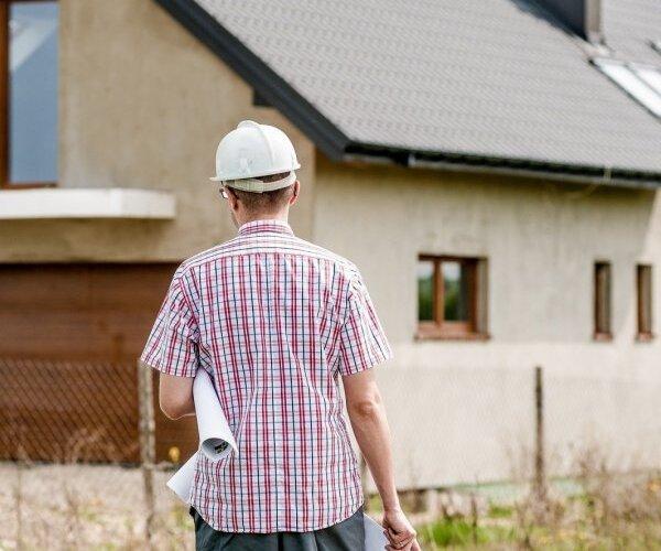 В Латвии— взрывной рост цен на стройматериалы. Что происходит и как долго это продлится?