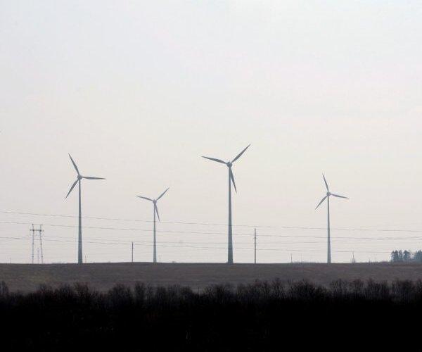 Trešā daļa Šķēlem jeb kam pārmaksājam par 'zaļo elektrību'