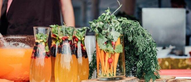 Foto: Rīgas svētkos jau ceturto gadu atvērts lielākais brīvdabas restorāns