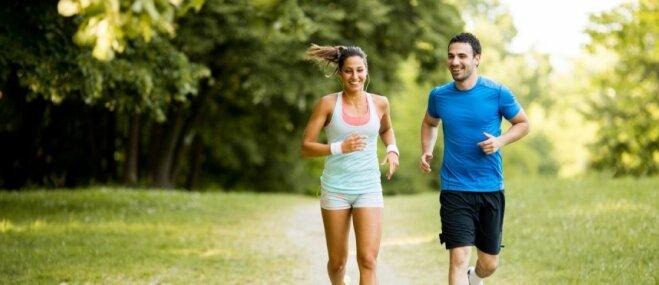 Padomi skriešanai vasarā: kā nenodarīt pāri veselībai, bet saglabāt fizisko formu