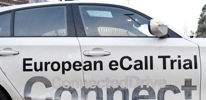 """Bite, LMT и Tele2 запускают eCall — систему автодозвона в """"112"""" при ДТП"""