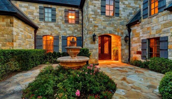 ФОТО: Всего 3 миллиона долларов, и прекрасный дом Селены Гомес ваш