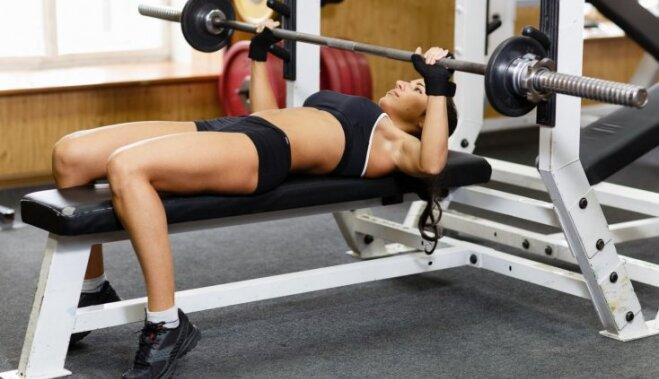 Какие упражнения противопоказаны женщинам?