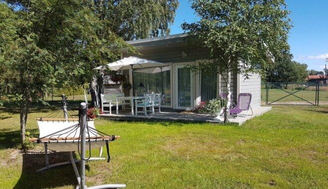 ФОТО. Романтика на 24 квадратных метрах: как выглядит уютный домик под Колкой