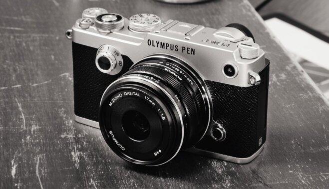 'Olympus' prezentējis retro stila fotokameru 'PEN-F'