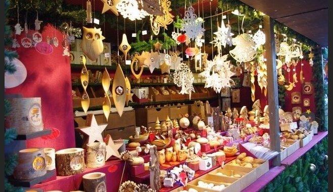 Liepājnieki aicina uz tradicionālo amatnieku Ziemassvētku tirdziņu Rožu laukumā