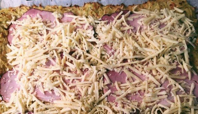 Soli pa solim: sātīgā kartupeļu rulete ar sieru un šķiņķi