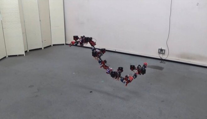 В Японии создали змееподобный дрон-трансформер (ВИДЕО)