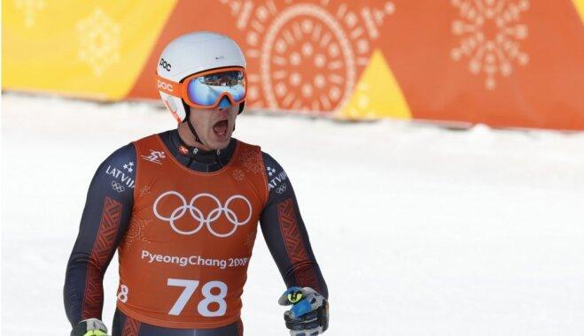 Zvejniekam 35. vieta milzu slalomā; otro zeltu Phjončhanā iegūst Hiršers