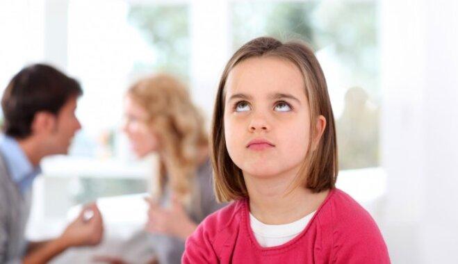 Bērns nav spilvens pinkšķēšanai: četri noteikumi vecākiem šķiršanās procesā