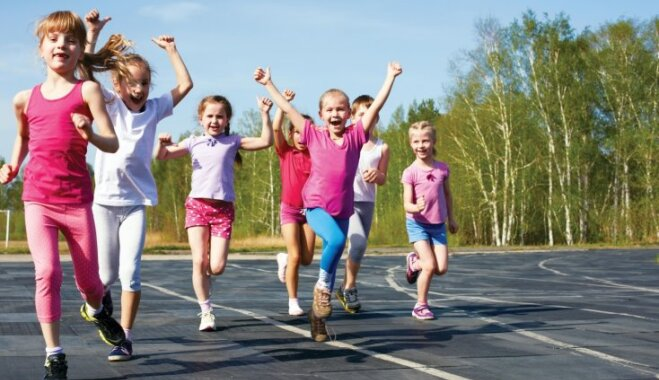 Rīgas bērndārzu audzēkņus aicina piedalīties kopīgā sporta dienā 'Man patīk sportot!'