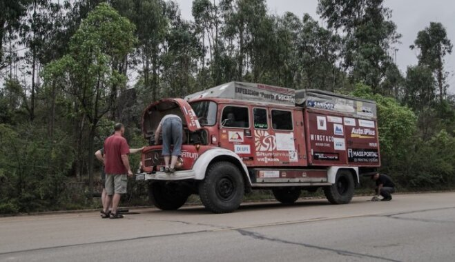 Ekspedīcija Lao-Cai Rīga: latvieši ar 'ugunsdzēsēju' jau ir Ķīnā