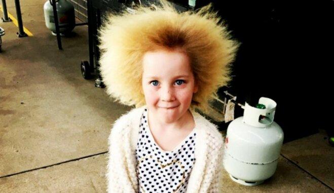 ФОТО: девочка с необычными волосами стала звездой интернета