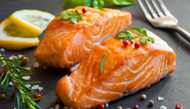 Regular sex, salmon menu and stress-free life - suggestions for male fertility