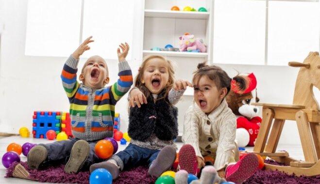 Rindā uz pašvaldības bērnudārzu Rīgā gaida aptuveni 1000 bērnu