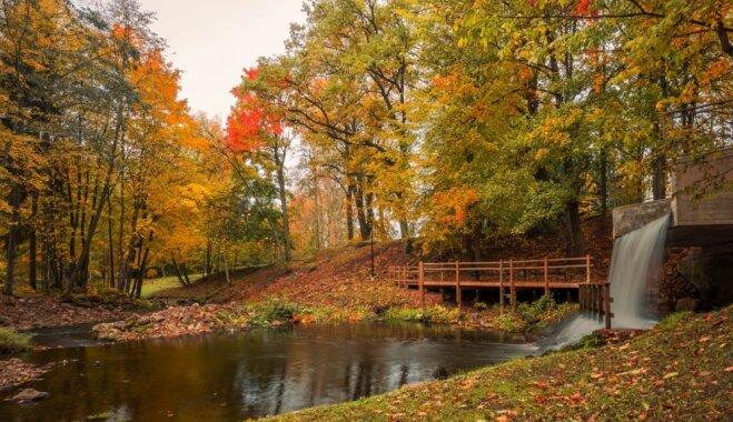 ФОТО. Осенняя прогулка по великолепному Смилтене