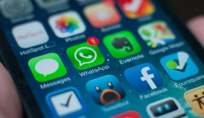 ВWhatsApp «текстовая бомба» ломает мобильные телефоны