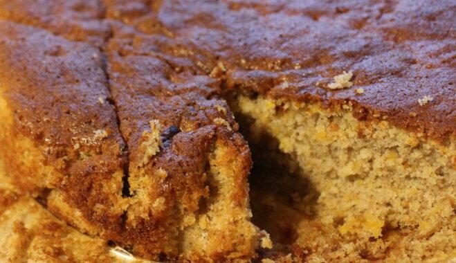Ķirbju un mandeļu kūka