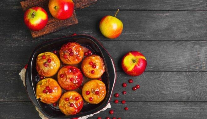 Лакомство нашего детства: 8 рецептов печеных яблок