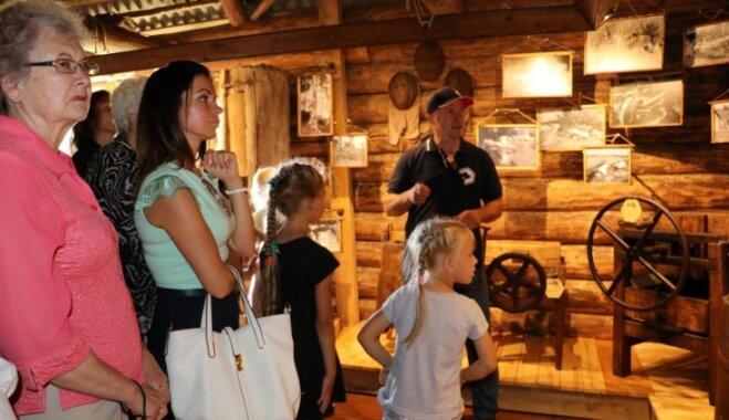 Veclaicenē svinīgi atklāts Medus muzejs