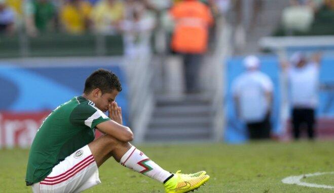 Meksikas izlasei Pasaules kausā nepalīdzēs pieredzējušais aizsargs Rejess