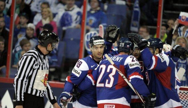 Slovākijas un Austrijas hokeja izlasēs pirms Olimpiādes veiktas sastāva izmaiņas