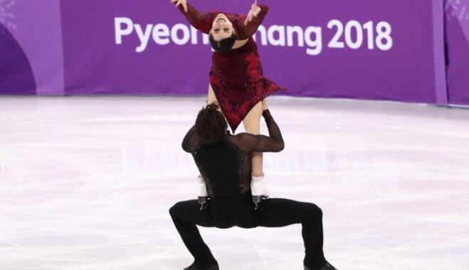 Kanādas daiļslidotāji Virtū/Moirs ar jaunu pasaules rekordu kļūst par trīskārtējiem olimpiskajiem čempioniem