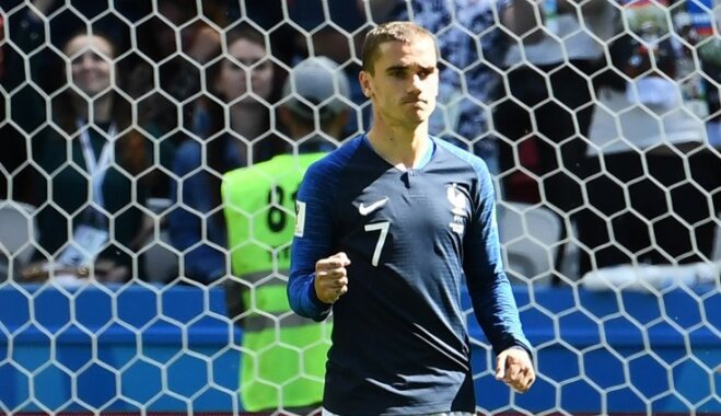 Francijas futbolisti Pasaules kausu sāk ar grūtu uzvaru pār sīksto Austrāliju