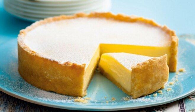 Traulsas sviesta mīklas tarte ar citronu krēmu