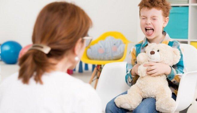 Sliktas audzināšanas sekas un citi mīti par bērniem ar autiskā spektra traucējumiem