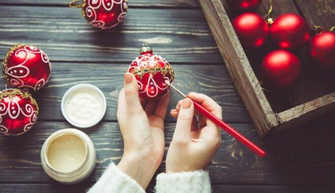 Izplatītākās kļūdas mājvietas dekorēšanā, gatavojoties Ziemassvētkiem