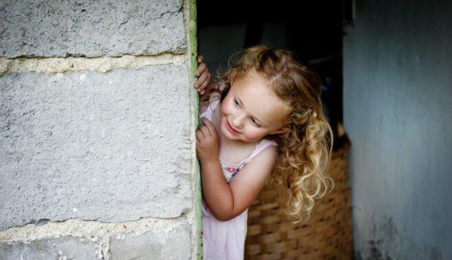 Bērni mazi, kompleksi lieli: kā un vai to rašanos ietekmē sabiedrības spiediens