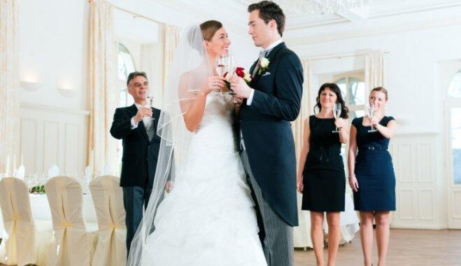 Tērpu ceļvedis kāzu viesiem