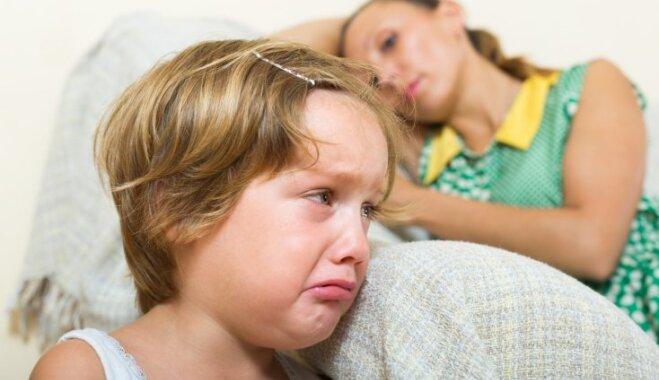 Piecas situācijas, kā bērns bezkaunīgi manipulē ar vecākiem