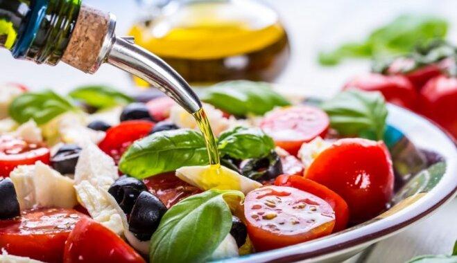 http://g4.delphi.lv/images/pix/659x380/YDqF06douRc/salati-vidusjuras-dieta-olivella-49105835.jpg